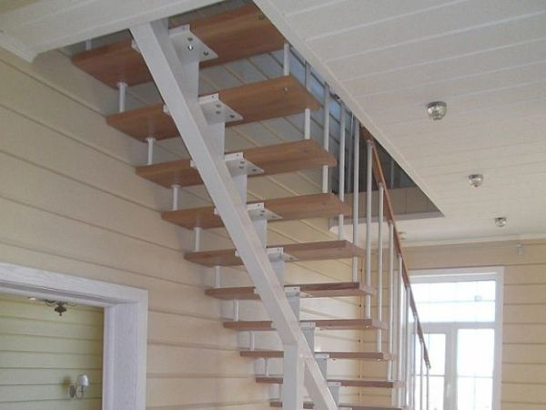 Лестница на монокосоуре прямая фото 6