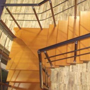 Лестница на двойном усиленном косоуре Г-образная (2) в Иркутске