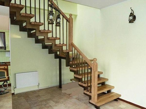 Лестница на двойном усиленном косоуре Г-образная (2) фото 1