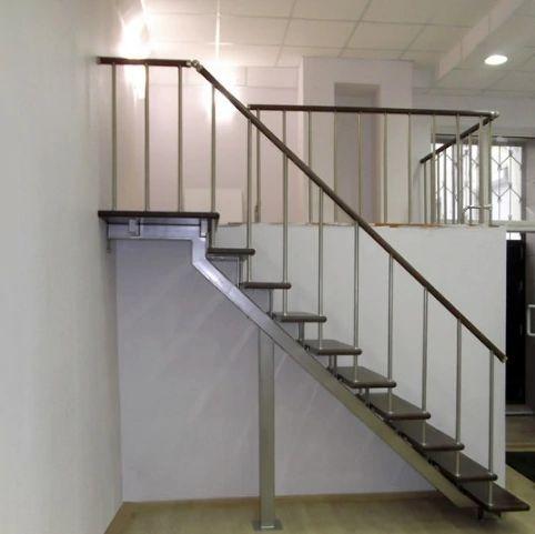 Лестница на монокосоуре прямая фото 3