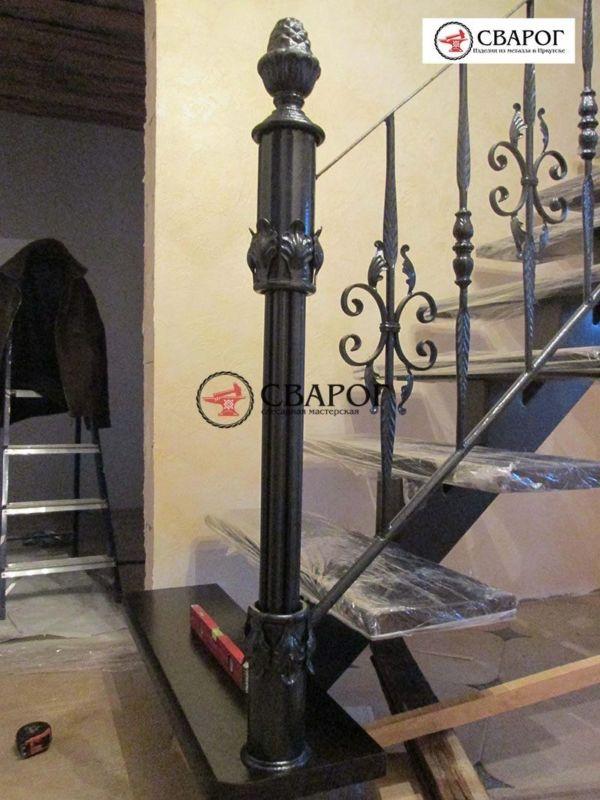 Лестница с кованым ограждением фото 2