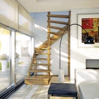 Деревянная межэтажная лестница ЛЕС -01 фото