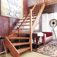 Деревянная межэтажная лестница ЛЕС-07 фото