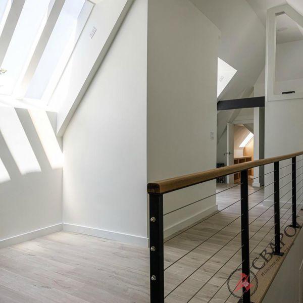 Лестница на монокосоуре с тросовыми перилами фото 7