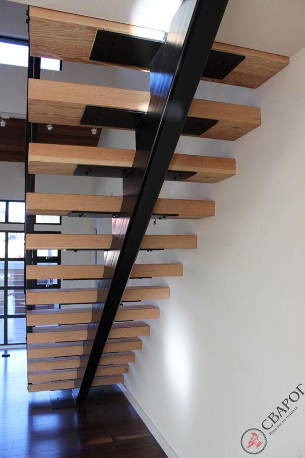 Лестница Ламия фото 2