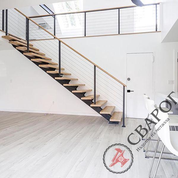 Лестница на монокосоуре с тросовыми перилами фото 2